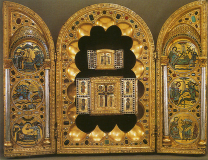 Stavelot Triptych (c. 1156), intended to house pieces of the true cross. Morgan Library & Museum, New York City.