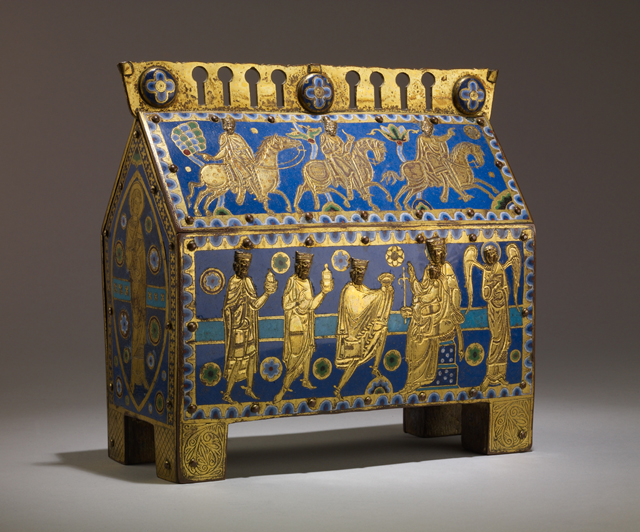Reliquary Chasse with the Adoration of the Magi. The British Museum, London (ca. 1200-30).
